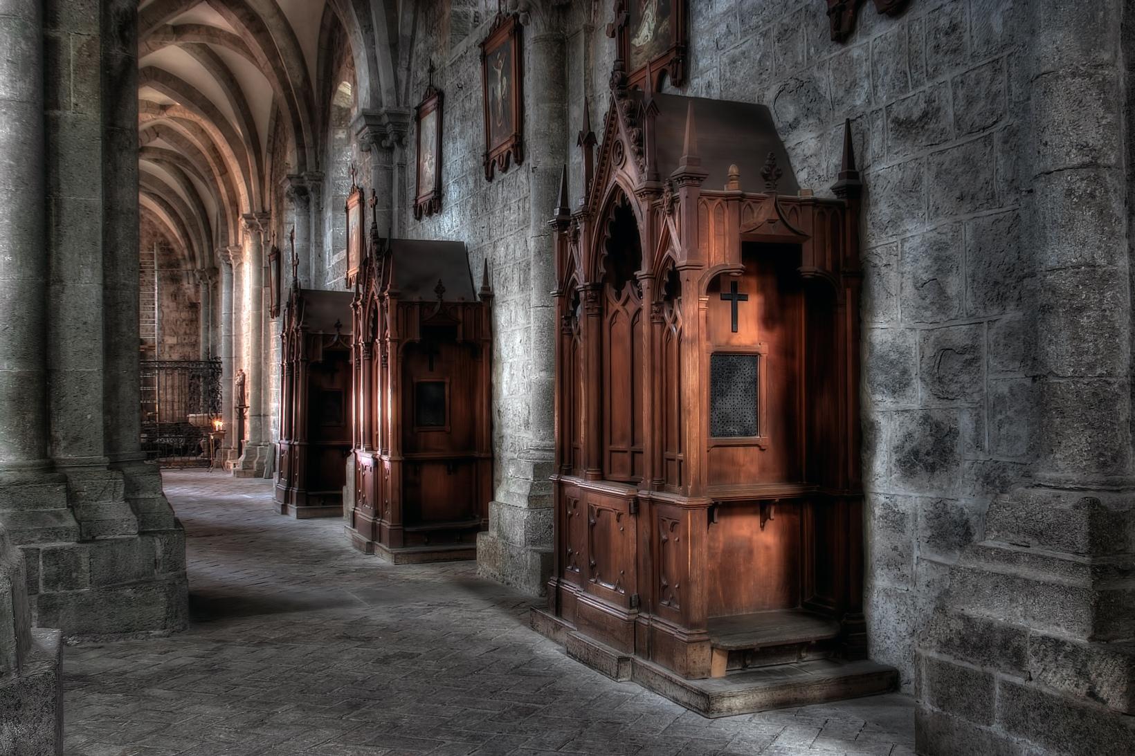 catholic confessional - HD3072×2048