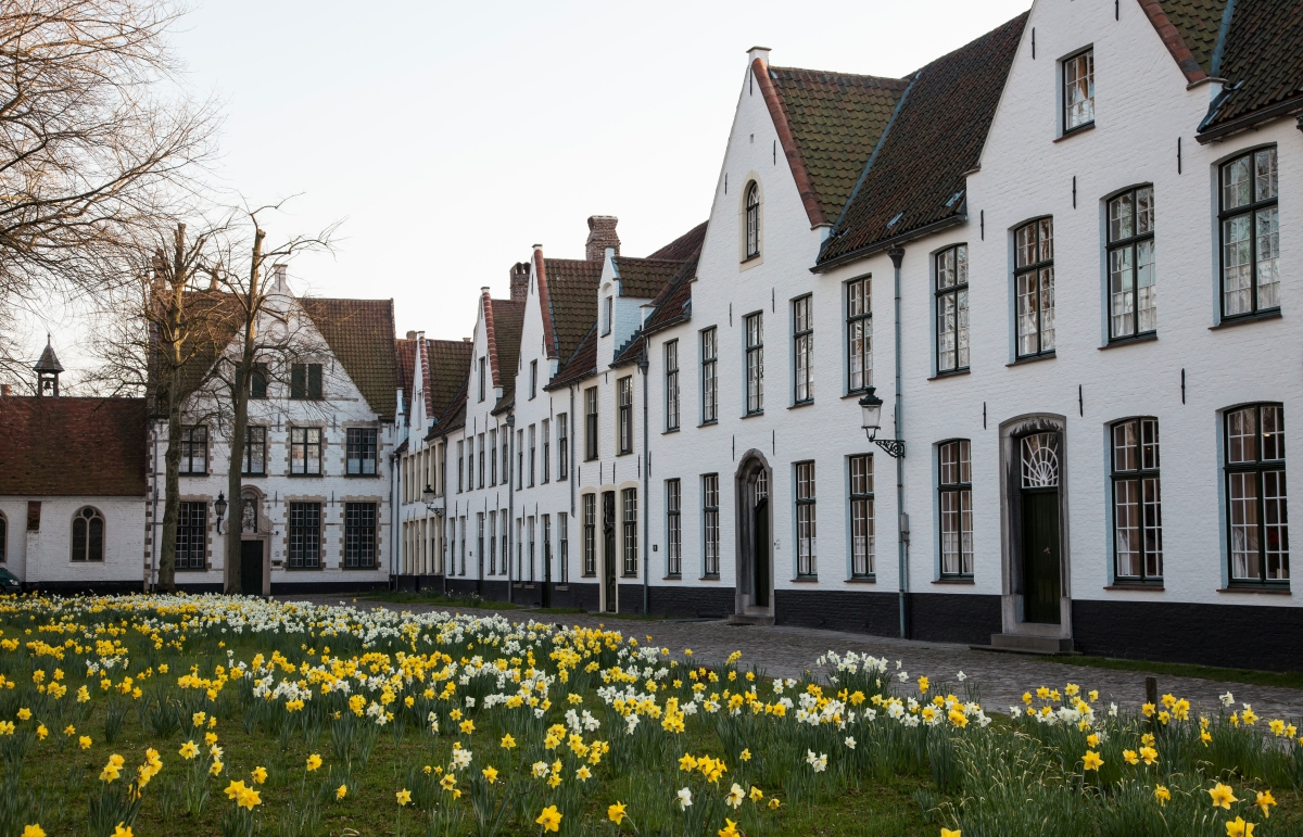 Covenant Communities, PART I: The Beguinage Option